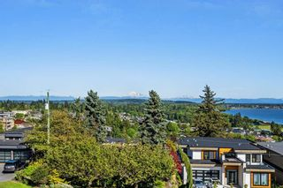Photo 11: 1031 BALSAM STREET: White Rock House for sale (South Surrey White Rock)  : MLS®# R2268963