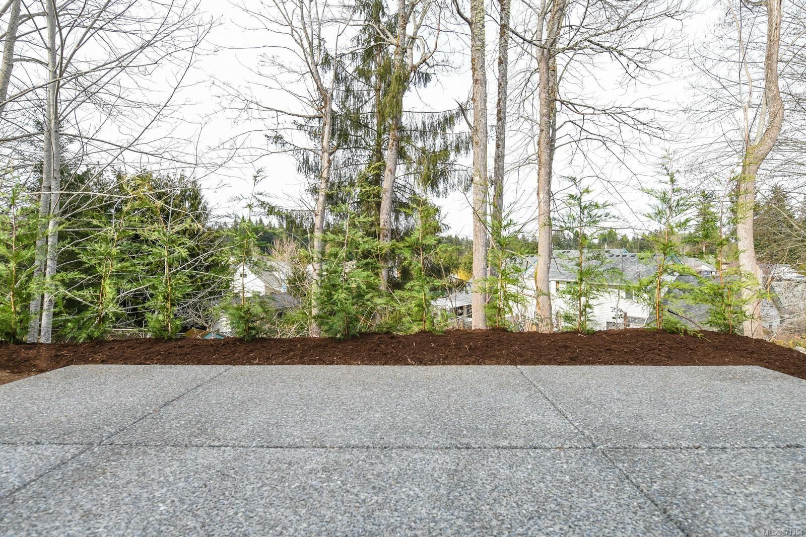 Photo 30: Photos: 68 Grayhawk Pl in : CV Courtenay City House for sale (Comox Valley)  : MLS®# 871354