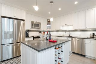 """Photo 11: 11 15563 MARINE Drive: White Rock Condo for sale in """"Oceanview Terrace"""" (South Surrey White Rock)  : MLS®# R2513794"""