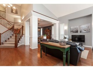 """Photo 3: 21656 91 Avenue in Langley: Walnut Grove House for sale in """"Madison Park"""" : MLS®# R2441594"""