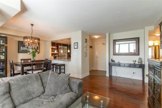 """Photo 4: 1804 2959 GLEN Drive in Coquitlam: North Coquitlam Condo for sale in """"The Parc"""" : MLS®# R2398572"""