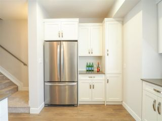 """Photo 3: 60 1188 MAIN Street in Squamish: Downtown SQ Townhouse for sale in """"Soleil at Coastal Village"""" : MLS®# R2467472"""