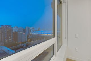 Photo 11: 1702 885 CAMBIE STREET in Vancouver: Yaletown Condo for sale (Vancouver West)  : MLS®# R2615412