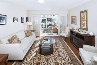 Photo 8: 4687 Sunnymead Way in VICTORIA: SE Sunnymead House for sale (Saanich East)  : MLS®# 780040
