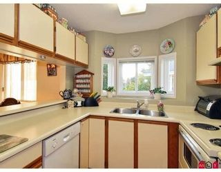 Photo 5: #2, 12935 16 Avenue in Surrey: Townhouse for sale (South Surrey White Rock)  : MLS®# F2802818