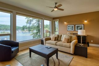 """Photo 8: 18A 12849 LAGOON Road in Pender Harbour: Pender Harbour Egmont Condo for sale in """"THE PAINTED BOAT RESORT & SPA"""" (Sunshine Coast)  : MLS®# R2589363"""