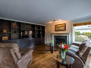 Photo 9: 20923 YEOMANS Crescent in Langley: Walnut Grove House for sale : MLS®# R2433909