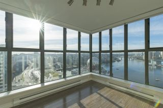 """Photo 10: 1905 1128 QUEBEC Street in Vancouver: Mount Pleasant VE Condo for sale in """"THE NATIONAL"""" (Vancouver East)  : MLS®# R2232561"""