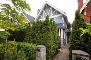"Main Photo: 407 W 16TH Avenue in Vancouver: Mount Pleasant VW 1/2 Duplex for sale in ""Heritage at Cambie Village"" (Vancouver West)  : MLS®# R2500188"