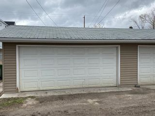 Photo 32: 2039 50 Avenue SW in Calgary: North Glenmore Park Semi Detached for sale : MLS®# C4295796