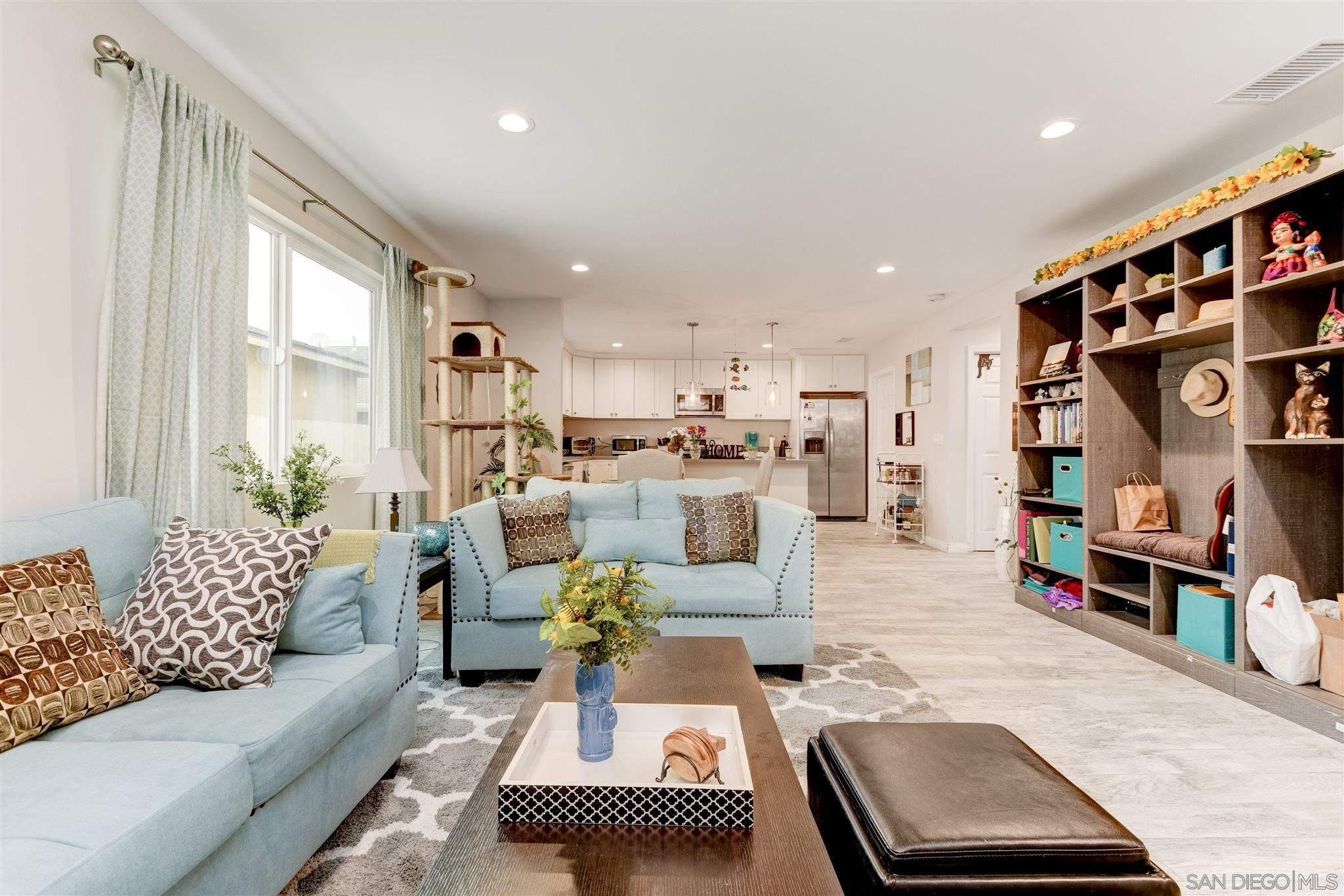 Main Photo: IMPERIAL BEACH House for sale : 3 bedrooms : 1209 Florence St