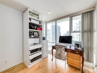 """Photo 19: 2305 1077 MARINASIDE Crescent in Vancouver: Yaletown Condo for sale in """"MARINASIDE RESORT"""" (Vancouver West)  : MLS®# R2544520"""
