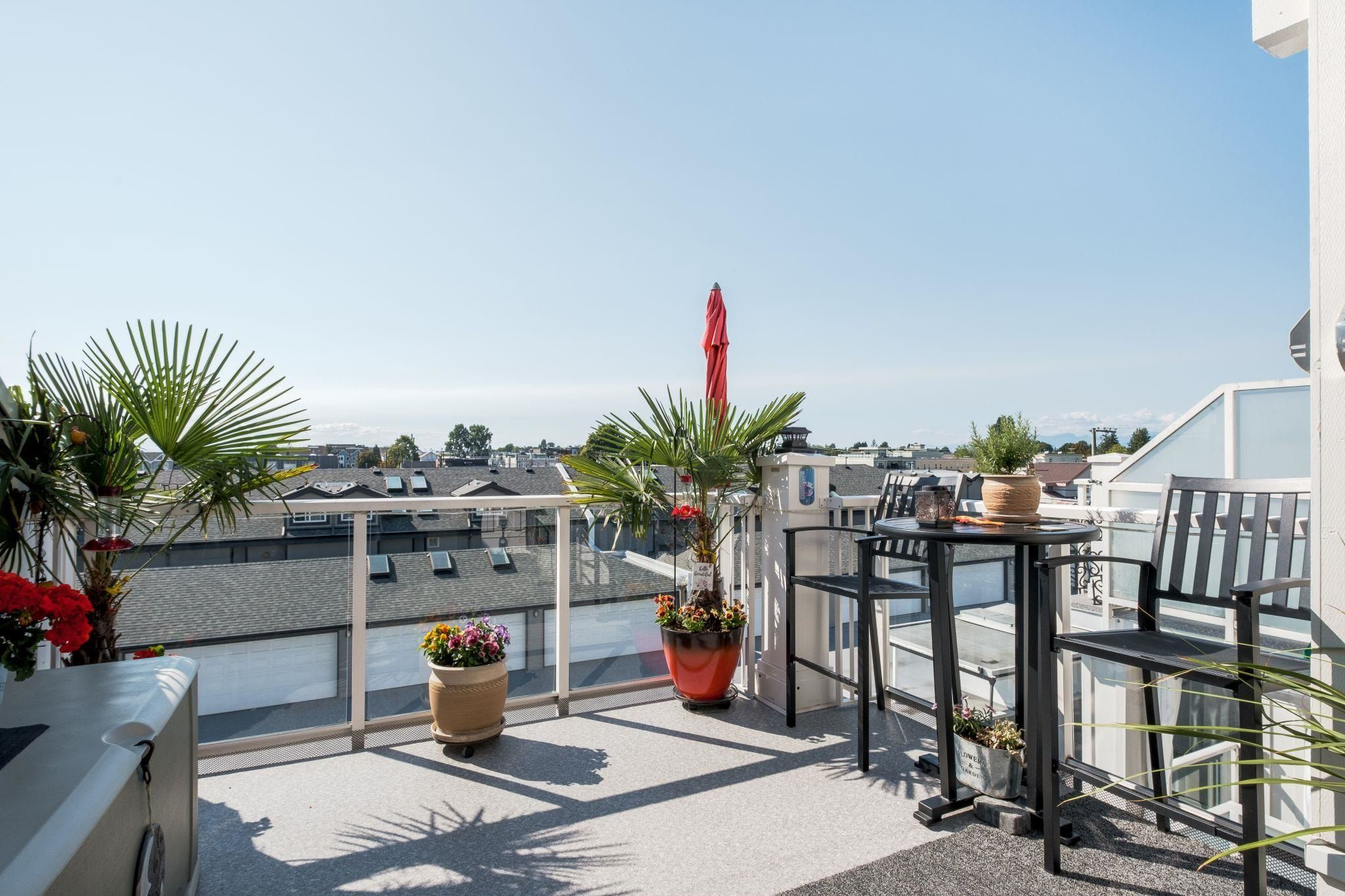 """Main Photo: 411 4280 MONCTON Street in Richmond: Steveston South Condo for sale in """"The Village at Imperial Landing"""" : MLS®# R2614306"""