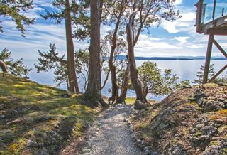 Photo 4: 4817 Cannon Cres in : GI Pender Island House for sale (Gulf Islands)  : MLS®# 854928