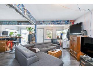 "Photo 8: 14729 GORDON Avenue: White Rock House for sale in ""WHITE ROCK BEACH"" (South Surrey White Rock)  : MLS®# R2624610"