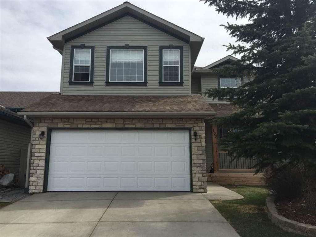 Main Photo: 105 Stonegate Place NW: Airdrie Detached for sale : MLS®# A1078446