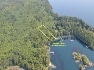 Photo 1: Lot 7 Pearse Island in : Isl Small Islands (North Island Area) Land for sale (Islands)  : MLS®# 862466
