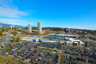 """Photo 15: 2306 3755 BARTLETT Court in Burnaby: Sullivan Heights Condo for sale in """"TIMBERLEA TOWER """"B"""""""" (Burnaby North)  : MLS®# R2138547"""