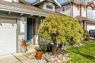 """Photo 2: 20211 93A Avenue in Langley: Walnut Grove House for sale in """"Riverwynd"""" : MLS®# R2549404"""