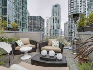 "Main Photo: 1261 ALBERNI Street in Vancouver: West End VW Townhouse for sale in ""Residences on Georgia"" (Vancouver West)  : MLS®# R2571840"