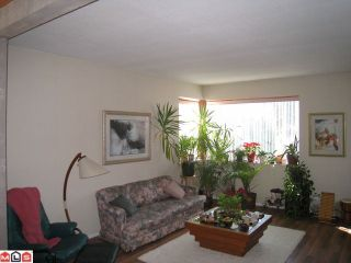 Photo 2: 1554 132B Street in Surrey: Crescent Bch Ocean Pk. House for sale (South Surrey White Rock)  : MLS®# F1104833