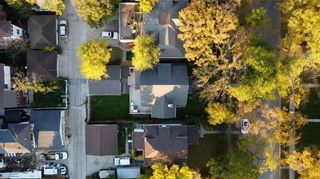 Photo 48: 1015 Grosvenor Avenue in Winnipeg: Crescentwood Residential for sale (1Bw)  : MLS®# 202123831