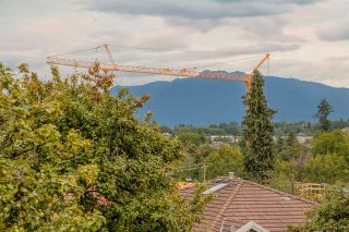 Photo 18: 1382 E 17TH Avenue in Vancouver: Knight 1/2 Duplex for sale (Vancouver East)  : MLS®# R2115245