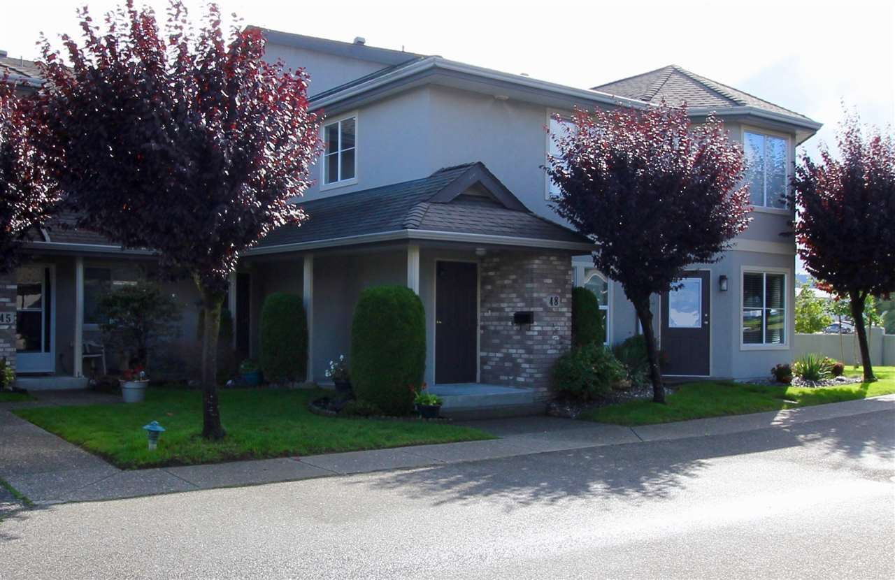 "Main Photo: 48 8533 BROADWAY Street in Chilliwack: Chilliwack E Young-Yale Townhouse for sale in ""BEACON DOWNS"" : MLS®# R2408744"
