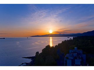 Photo 6: 1502 1995 BEACH Avenue in Vancouver: West End VW Condo for sale (Vancouver West)  : MLS®# V998549