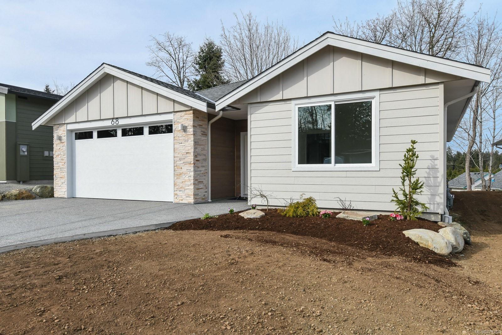 Photo 31: Photos: 68 Grayhawk Pl in : CV Courtenay City House for sale (Comox Valley)  : MLS®# 871354