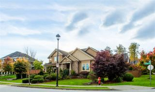 Photo 2: 8425 171A Street in Surrey: Fleetwood Tynehead House for sale : MLS®# R2511271