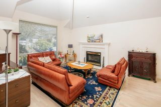 Photo 2: 1572 SALAL CRESCENT in Coquitlam: Westwood Plateau House  : MLS®# R2453547