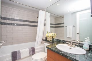 """Photo 14: 311 1288 MARINASIDE Crescent in Vancouver: Yaletown Condo for sale in """"Crestmark I"""" (Vancouver West)  : MLS®# R2602916"""