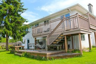 Photo 2: 2092 Airedale Pl in SIDNEY: Si Sidney North-West House for sale (Sidney)  : MLS®# 814296