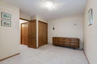 Photo 17: 111 Oakbriar Close SW in Calgary: Palliser Semi Detached for sale : MLS®# A1128009