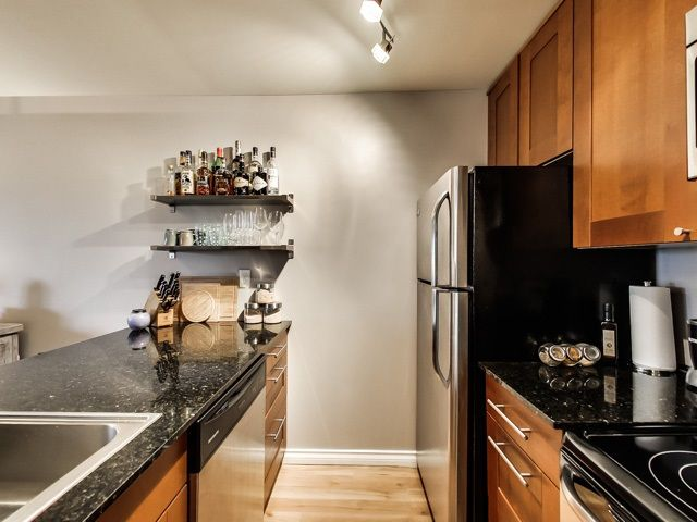 """Photo 5: Photos: 503 1040 PACIFIC Street in Vancouver: West End VW Condo for sale in """"CHELSEA TERRACE"""" (Vancouver West)  : MLS®# R2014069"""