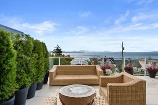 Photo 17: 14763 THRIFT Avenue: White Rock House for sale (South Surrey White Rock)  : MLS®# R2617830
