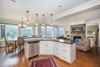 Photo 7: 4696 EASTRIDGE Road in North Vancouver: Deep Cove House for sale : MLS®# R2467614