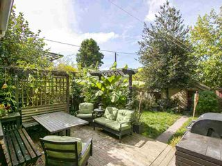 Photo 15: 6331 SOPHIA STREET in Vancouver East: Main Home for sale ()  : MLS®# R2107584