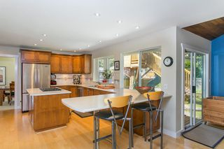 Photo 7: 3383 ROBINSON ROAD in North Vancouver: Lynn Valley House for sale : MLS®# R2096046