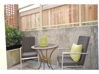 Photo 13: 330 W 14TH Avenue in Vancouver: Mount Pleasant VW Townhouse  (Vancouver West)  : MLS®# V1053348
