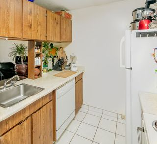 """Photo 12: PH4 1040 PACIFIC Street in Vancouver: West End VW Condo for sale in """"CHELSEA TERRACE"""" (Vancouver West)  : MLS®# R2226216"""