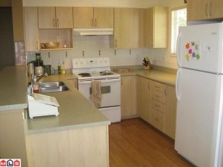 """Photo 2: 42 6651 203RD Street in Langley: Willoughby Heights Townhouse for sale in """"SUNSCAPE"""" : MLS®# F1201398"""