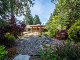 Photo 18: 7820 LOHN Road in Halfmoon Bay: Halfmn Bay Secret Cv Redroofs House for sale (Sunshine Coast)  : MLS®# R2272108