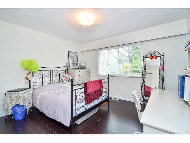 Photo 11: Photos: 8073 Burnfield Crescent in Burnaby: Burnaby Lake House for sale (Burnaby South)  : MLS®# R2105566
