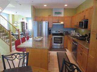 Photo 3: 63 3127 SKEENA Street in Port Coquitlam: Riverwood Townhouse for sale : MLS®# R2090693