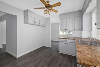 Photo 12: 635 ACADIA Drive in Saskatoon: West College Park Residential for sale : MLS®# SK864203