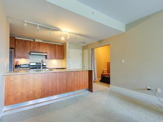 """Photo 9: 307 5955 IONA Drive in Vancouver: University VW Condo for sale in """"FOLIO"""" (Vancouver West)  : MLS®# R2569325"""