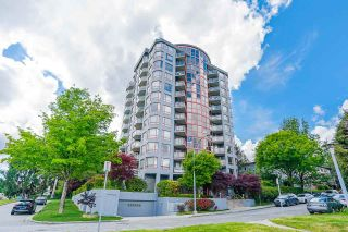 """Photo 1: 803 38 LEOPOLD Place in New Westminster: Downtown NW Condo for sale in """"THE EAGLE CREST"""" : MLS®# R2584446"""