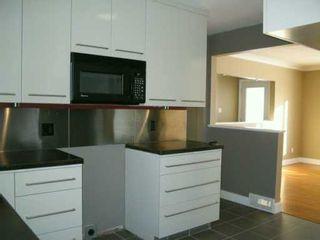 Photo 3: 75 POPLARWOOD Avenue in Winnipeg: St Vital Single Family Detached for sale (South East Winnipeg)  : MLS®# 2619889